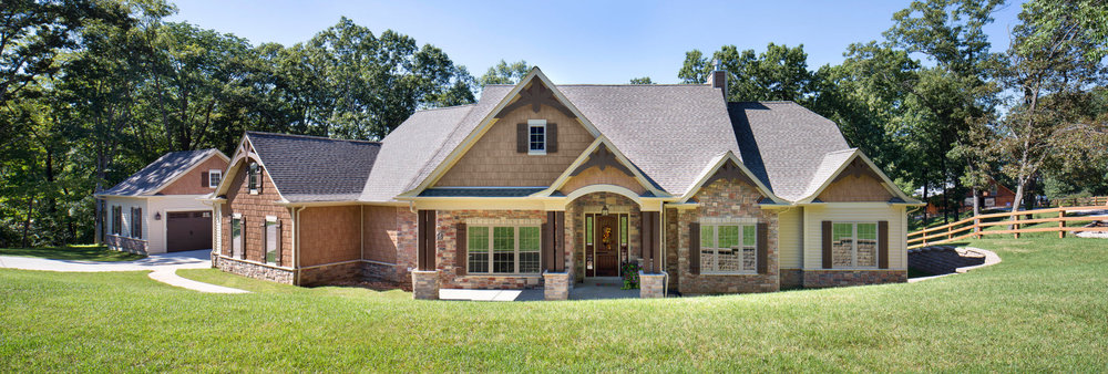 whalen-custom-homes-panoramic-fron-exterior-missouri-home-tours-jason-lusk-photographer.jpg