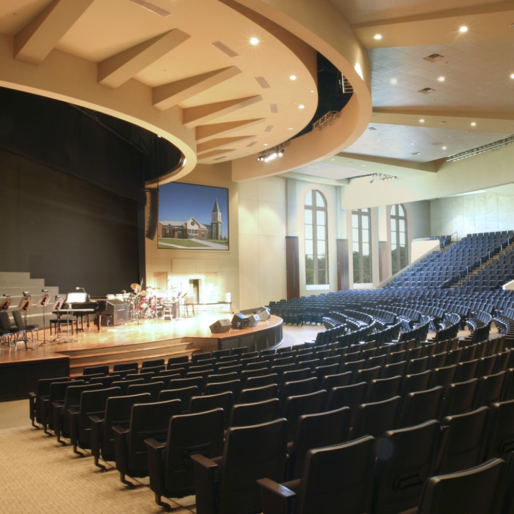 Oak Hill Baptist Church_right side sanctuary_resize.jpg