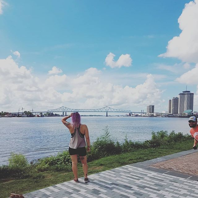 #tb to views and photobombs on the Mississippi river. @ma_clevenger . . . . #neworleans #findyourself #dailyinspiration #mississippi #travelmore #wonderlust #expandyourplayground #explore #experience #travel #wanderlust #travelgram #travelgirl #outdoors #adventurethatislife #river #scenery #beautiful #travelphotography #love #summer #naturelover #adventure #views #wander #photooftheday