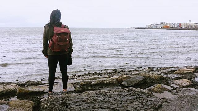 Take me back to Ireland. Where the skies are mostly  grey and the pints are always flowing. . . . #ireland #findyourself #dailyinspiration #galway #travelmore #wonderlust #expandyourplayground #explore #experience #travel #wanderlust #travelgram #travelgirl #outdoors #adventurethatislife #ocean #scenery #beautiful #travelphotography #love #sea #naturelover #adventure #cold #wander #photooftheday #water