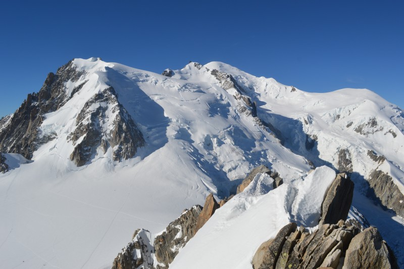 "This photo is called ""MONT BLANC"" and was taken by  Alberto Rubio . He said, ""The most highest mountain in Europe. The eternal white mountain between 3 countries: France, Italy and Switzerland. The Mont Blanc. Dreams of alpinist to climb it."""