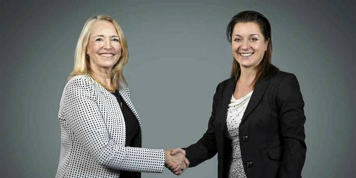 Carleen Lyden Walker (left), NAMEPA Co-Founder & Executive Director and IMO ambassador, with Anda Cristescu, Operations Director and Sustainability Lead for Cargill's ocean transportation business  Photo:  Cargill