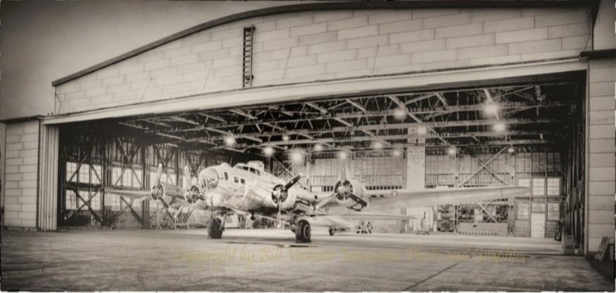 B-17 HANGAR WWII.jpg