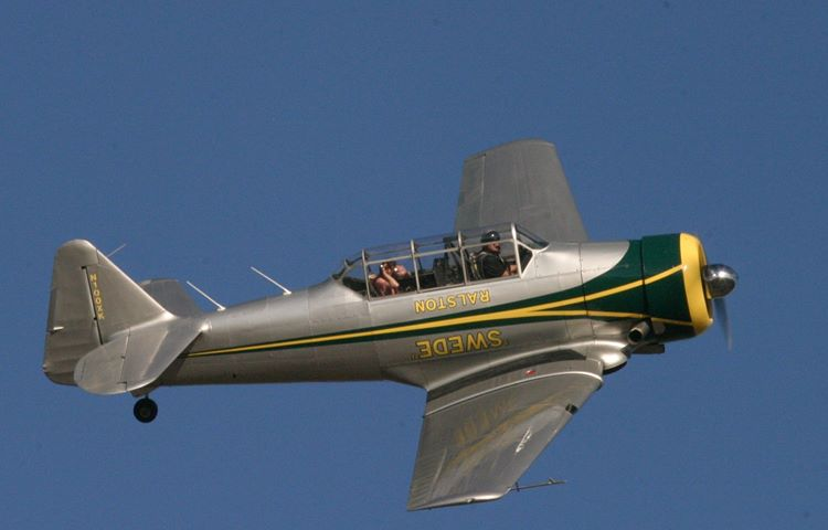 AT-6 TEXAN (WWII Advanced Trainer)