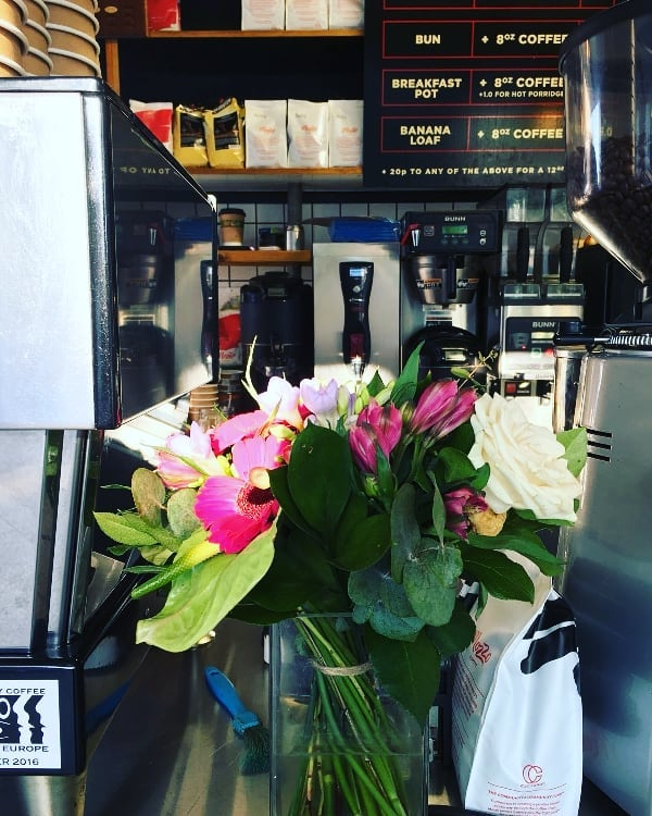 Word on the internet is Spring is the best time to enjoy a #brunch and these flowers sure do look 'spring'ey.  Best get brunching then.