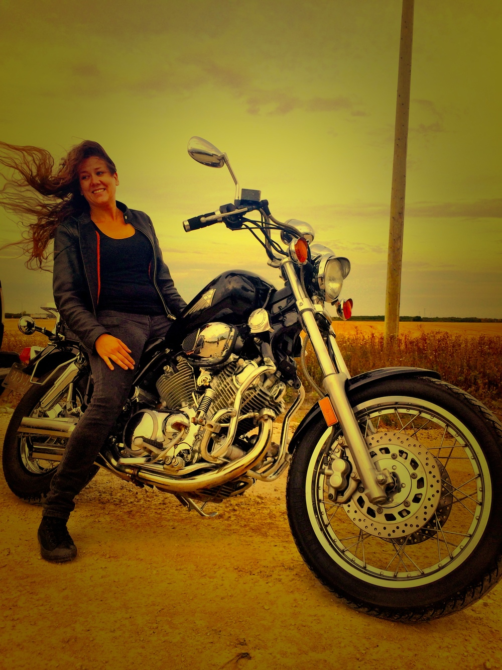 Geneviève and her Virago 2014