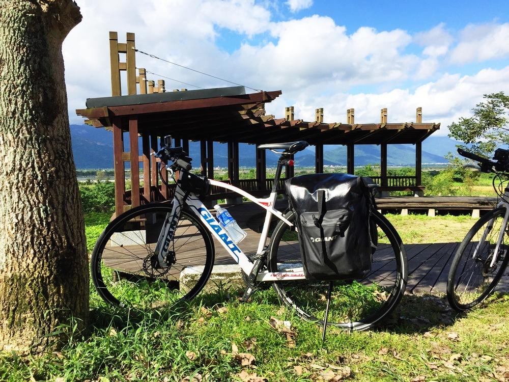 My Giant FastRoad SLR rental bike setup
