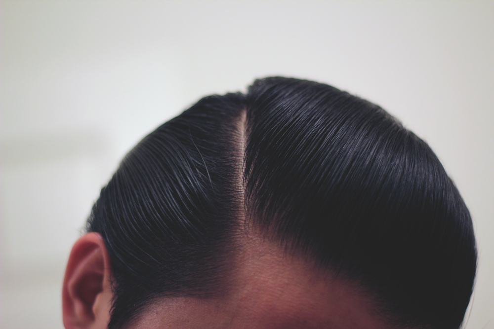 Grandad's Light Weight Hair Pomade - pomp part