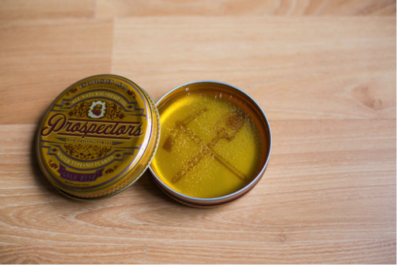 Prospectors Hair Dressing Pomade texture