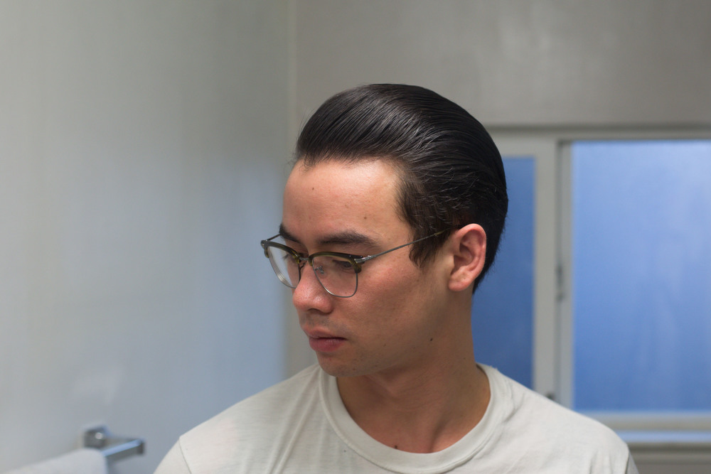 Tres Flores Molding Pomade slickness
