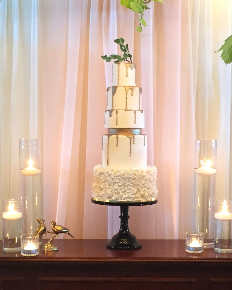 Midas Gold Drip Wedding Cake
