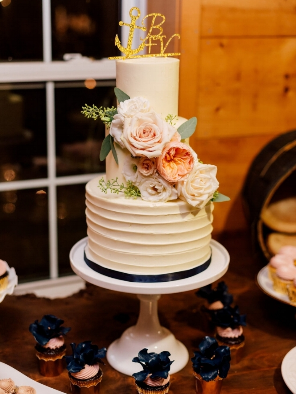 Kurtz Orchard - Purple Tree Photography Wedding Cake
