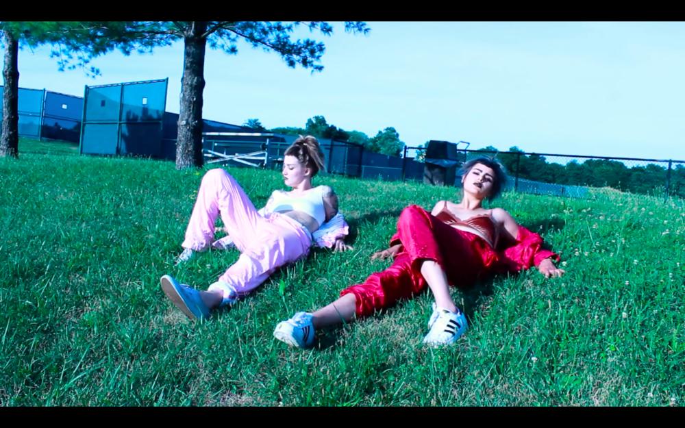 DEHD 'Sunburn' music video (dir. Emily Kempf, Emily Esperanza, Dom Rabalais)