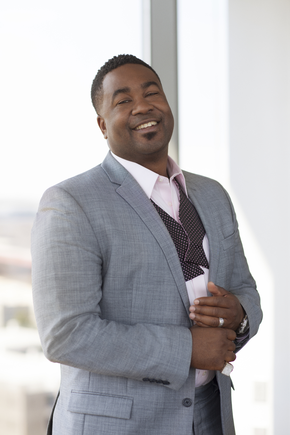 Pastor Canton Jones (Oxygen Media)