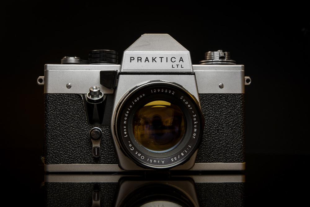 DSC_6974-cameras_sml-2.jpg