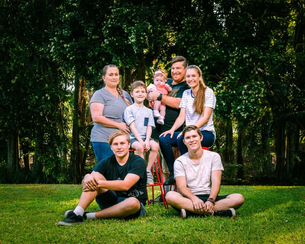 family portrait in centenary lakes caboolture