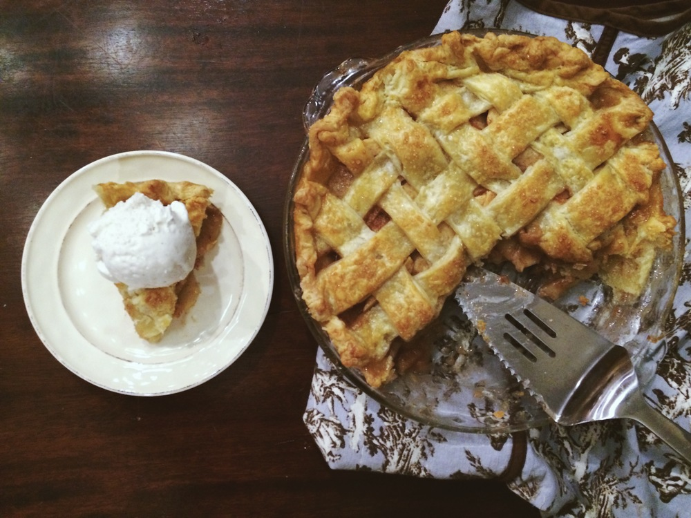apple pie | doughing it right