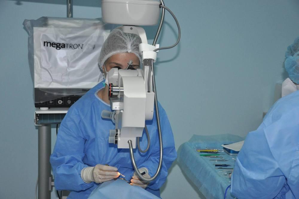 Interventie oftalmologie - Dr. Natalia Palarie