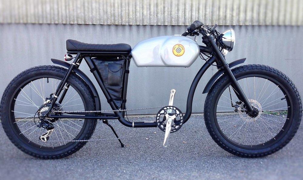 Dezigno.be_Otocycle_Café_racer_Caferacer_E-bike_250W_500W_Elektrische_fiets_cool_fun_retro_06.jpg