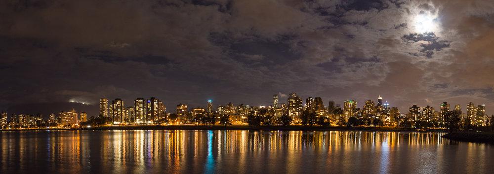 2016 10 17 Vancouver Night I-8-Pano.jpg