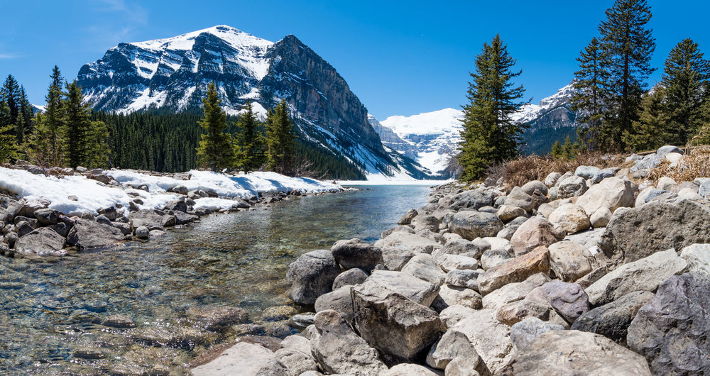 Lake Louise is a place of 2 seasons.