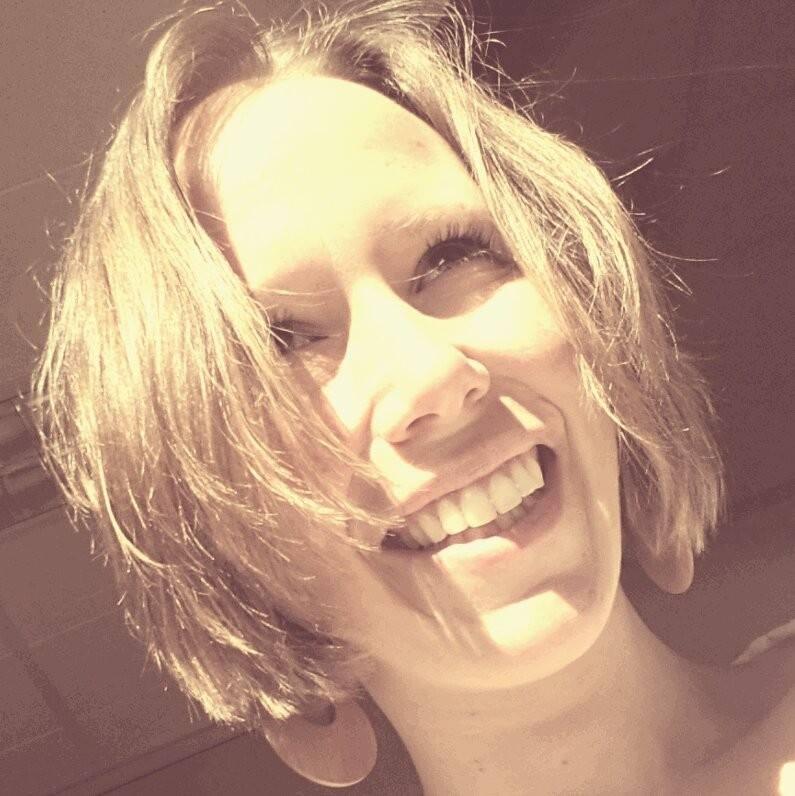 Danielle Lionarons.jpg