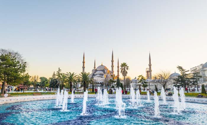 Istanbul-travelingwolf.com-blue-mosque.jpg