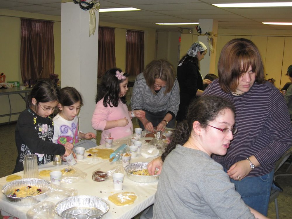 Purim 2014 - Baking Hamantaschen and Groggers Making