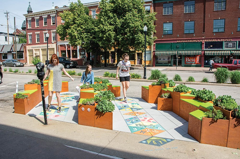 Downtown Covington Cinicinnati parket.jpg