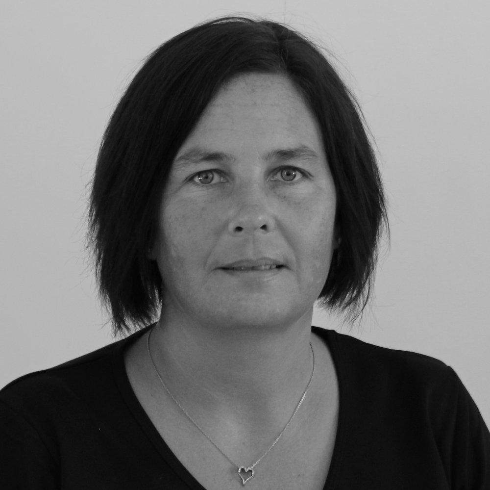 Malene Jacobsen (MJ) Lærer  Tlf.54 60 40 40  mj@bindernaes.dk