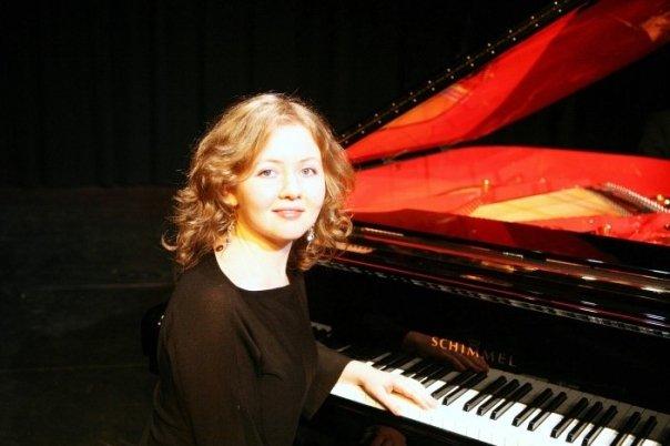 Yana Manovskaya