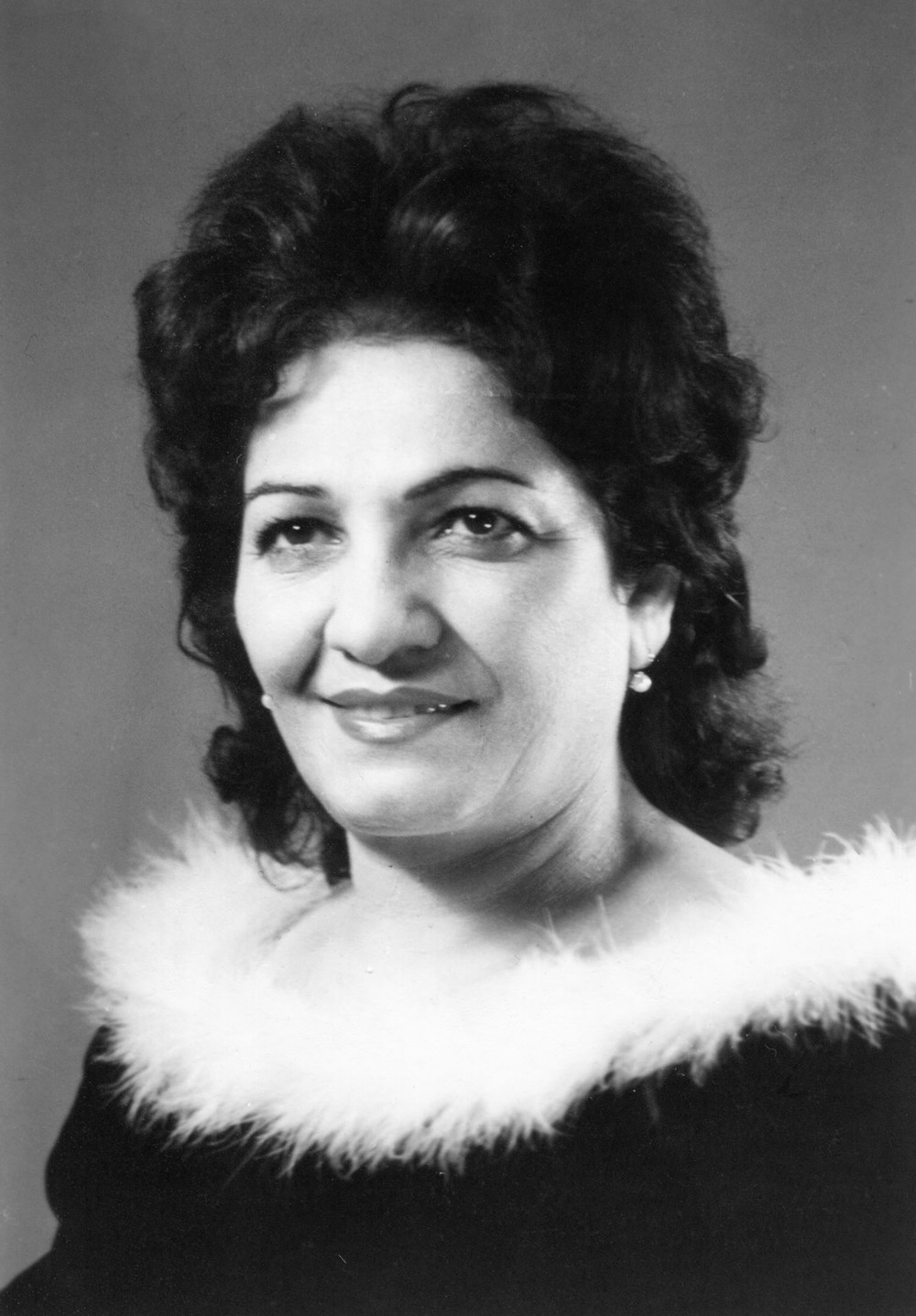 001 Ophelia Hambartsumian B&W early years.jpg