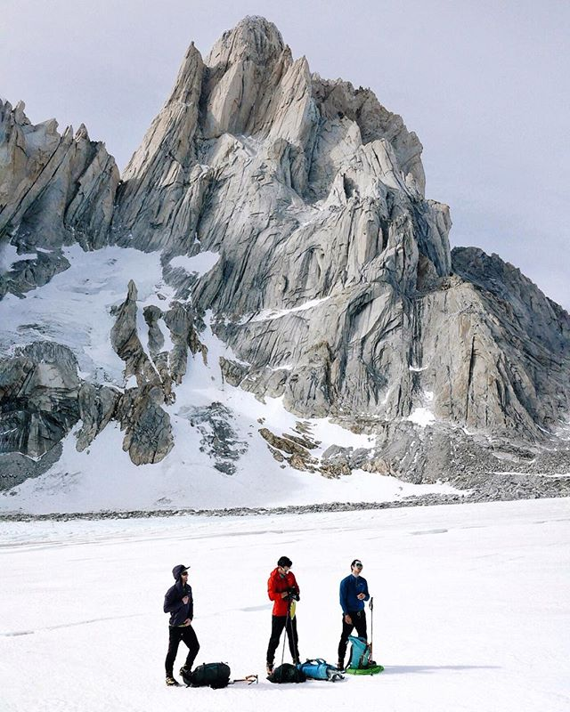 The @seattleboulderingproject alpine team approaching Aguja Pollone with the Fitz in the background. @austin_siadak @colinhaley1 @ad_wyatt