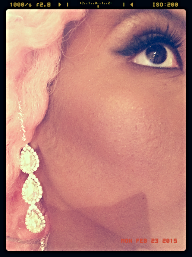 Earing and Make Up Details
