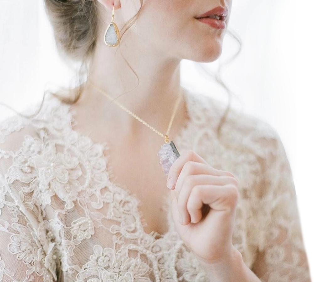 Simply Unforgettable - DISTINCTIVE BRIDAL ACCESSORIES