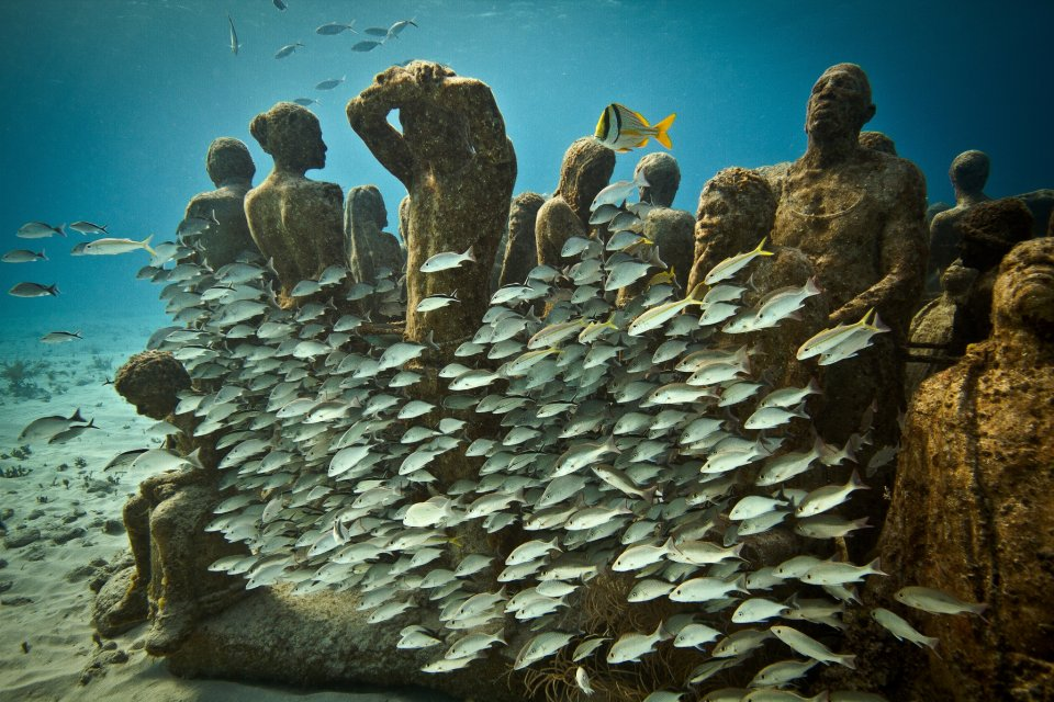05-overview-silent-evolution-mexico-jason-decaires-taylor-sculpture.jpg