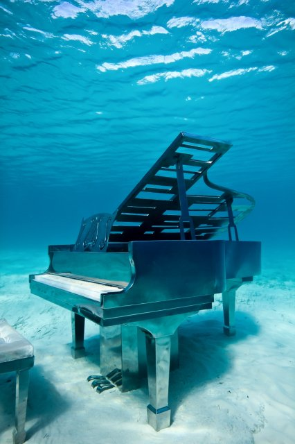 14-overview-piano-bahamas-jason-decaires-taylor-sculpture.jpg