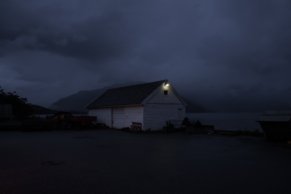 JulienMauve-AfterLightsOut-15.jpg