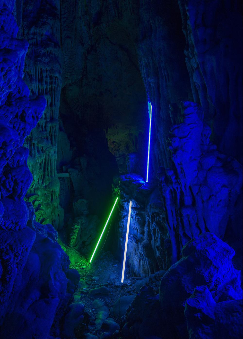10476-13107936-Cave_V_web_7_jpg.jpg