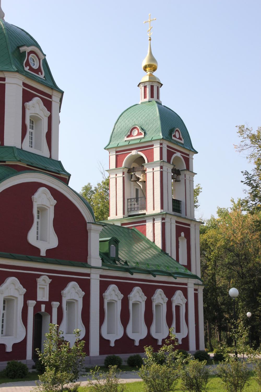 Воронеж, храм Алексия.JPG