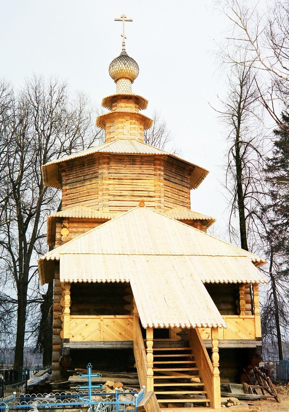 Храм Рождества Христова в с. Мелихово М. о..JPG