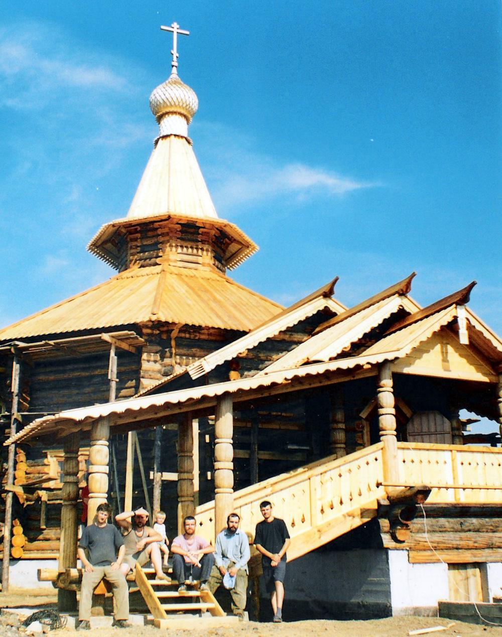 Храм Свт. Николая в п. Уктур Хабаровского края.jpg