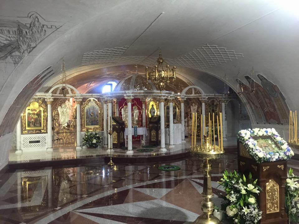 Дивеево-Нижни-храм-1.jpg