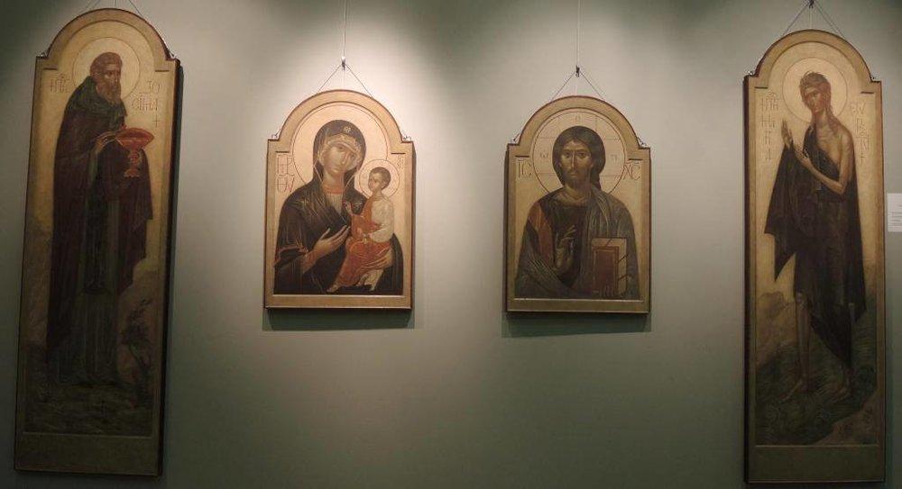 Иконы Ирины Зарон. Фото Ирины Марковой (ФБ)