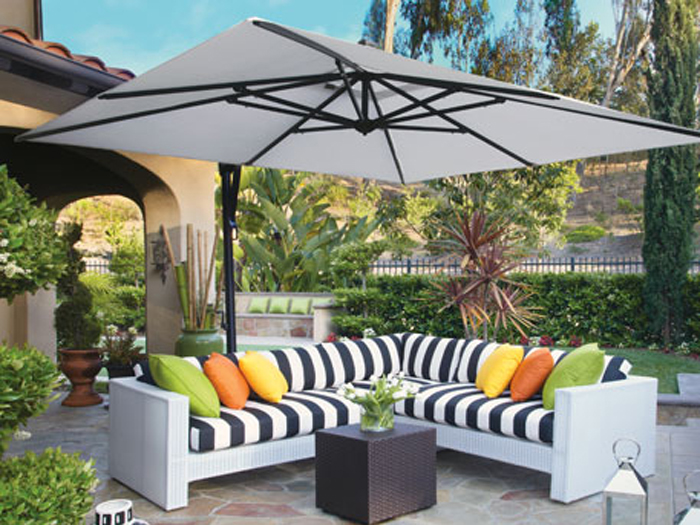 TreasureGarden_Umbrella.jpg