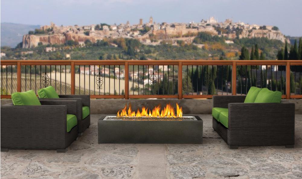 item1.rendition.slideshowHorizontal.best-summer-fire-pits-02-napoleon-fireplaces-2.jpg