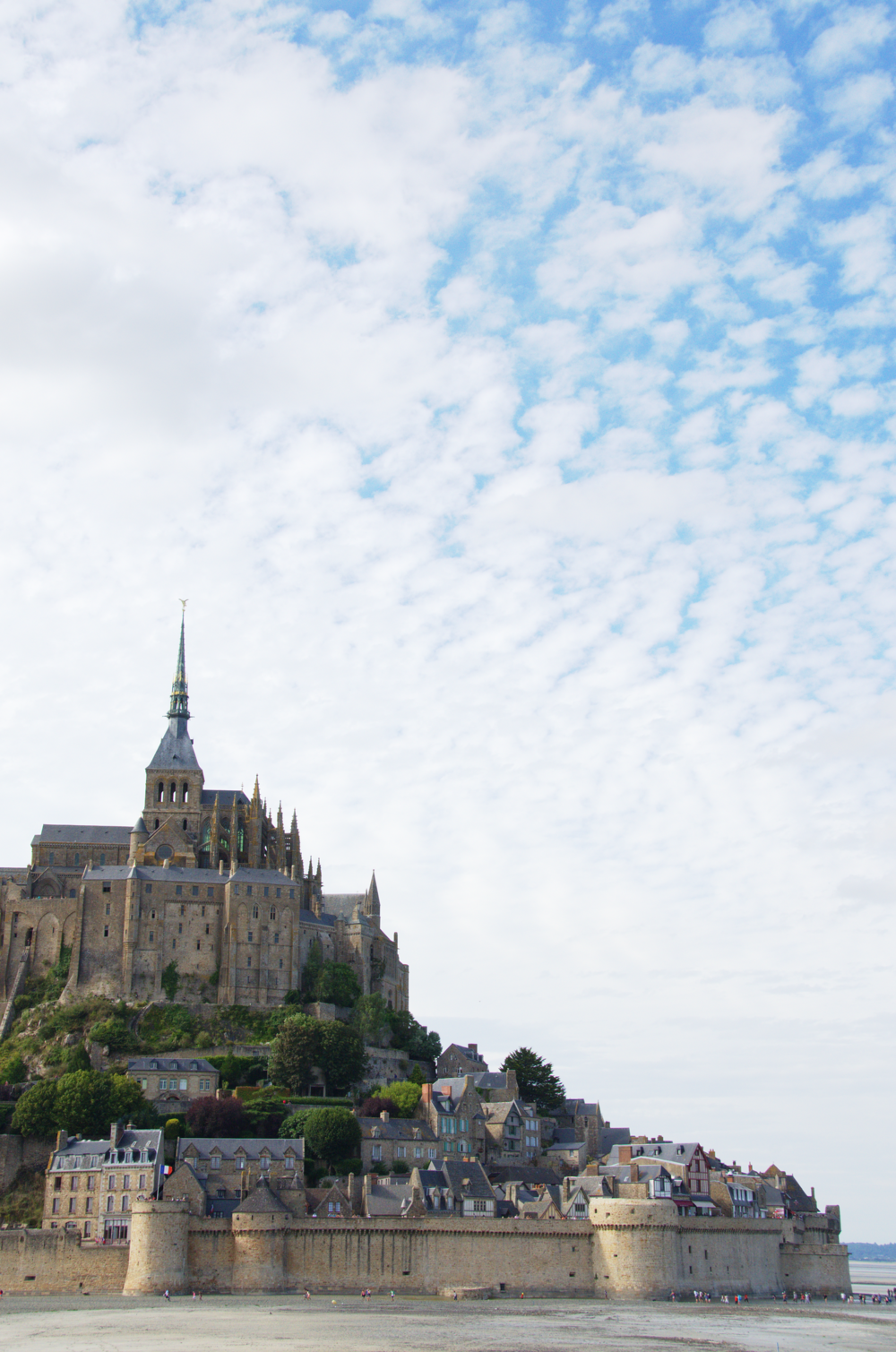 mont-saint-michel-normandy-france.png