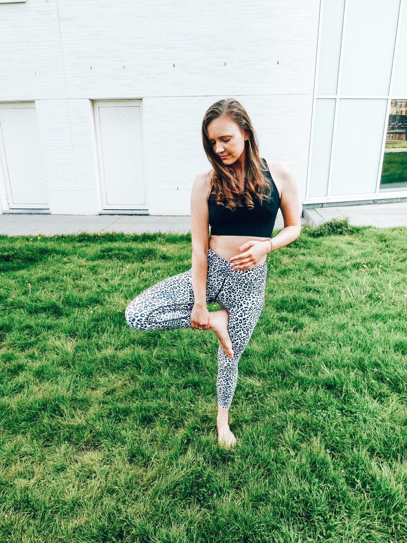 starting-yoga-jessica-janusz.png