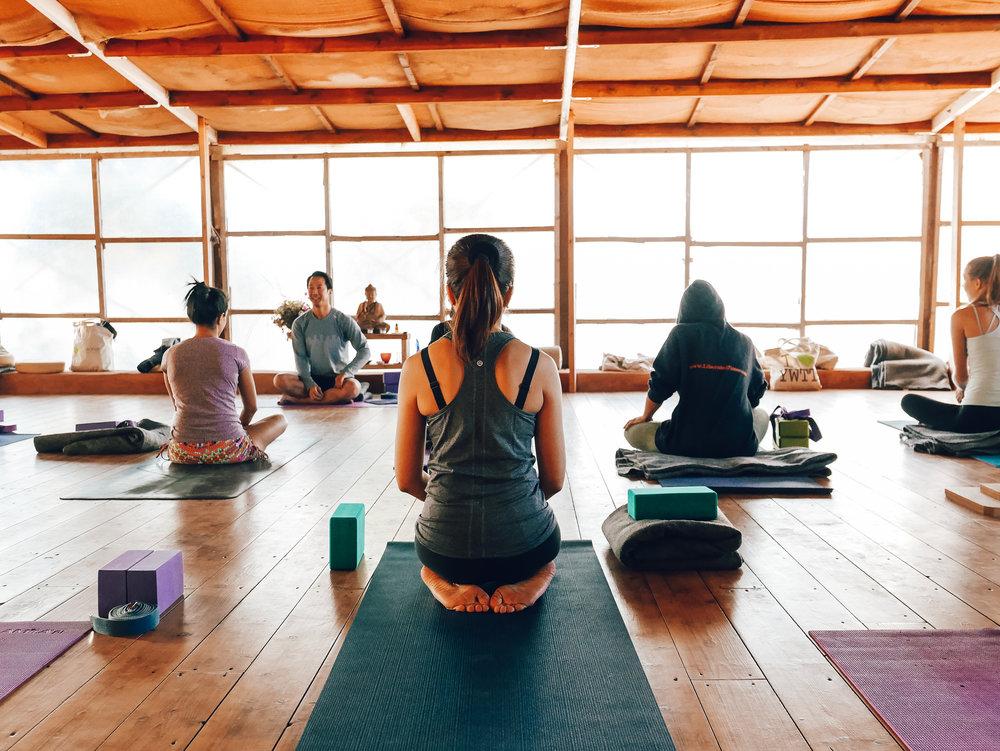 yoga-class.png