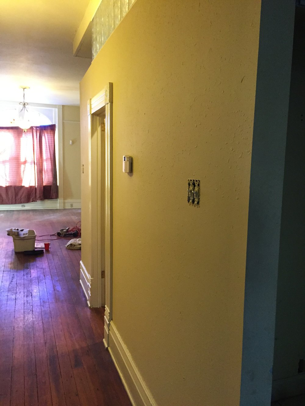 Painting — Maid in Saint Louis provides house, carpet, upholstery ...